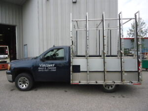 2007 GMC Sierra 1500 Pickup Truck with Glass Rack