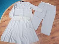Berkertex long sleeved 3 pce summer trouser / skirt suit (size 20) Taupe colour