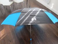 *~*~*~*~* 2 x large vented Golf UMBRELLAS double canopy // like new // *~*~*~*~*