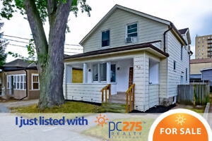 **OPEN HOUSE** COMPLETELY RENOVATED, JUST MOVE RIGHT IN!!