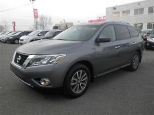 2015 Nissan Pathfinder SV| V6 4X4 | Heated Seats | USB | Bluetoo