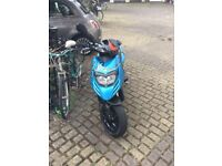 2012 4t 125 piaggio typhoon with extras 750 Ovno