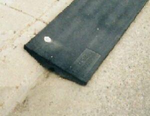 Rubber curb mats