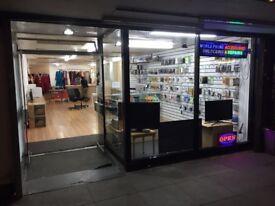A large Shop unit for rent!