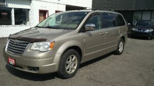 2008 Chrysler Town & Country LOADED Power everything! Certified!