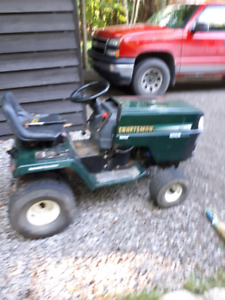 Tracteur crafman 18 hp 2 cylindres