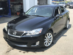 2010 Lexus IS 250 awd Berline Nego!