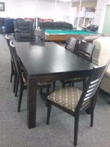 table en merisier massif vendu 2289.00