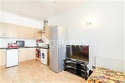 Very Stylish 2 Bedroom Flat In Prestigious Chelsea