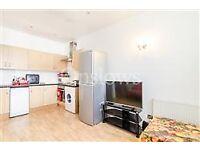 Very Stylish 2 Bedroom Flat In Prestigious Chelsea
