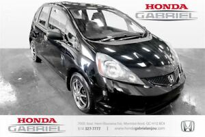 2013 Honda Fit DX-A AT HATCHBACK