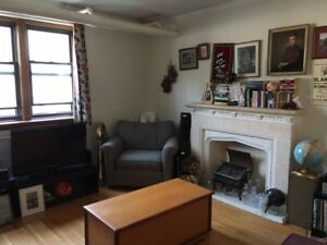 1 Bedroom Character Apartment in River Heights for Oct. 1st.