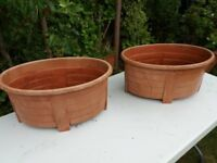 2 x Lovely oval garden planters