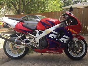 1998 CBR900RR Fireblade