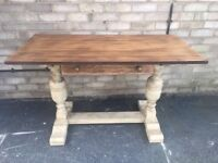 SOLID OAK DINING TABLE PAINTED LEGS SANDED TOP SEATS 4-6 FARMHOUSE COUNTRY STYLE