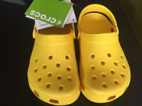 Brand new yellow Crocs UK Size 1 (European 32-33) - Classic Fit