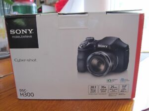 SonyCybershot Camera  For Sale
