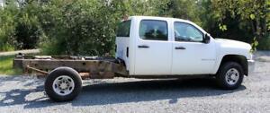 2008 Chevrolet Silverado 2500HD 4X4 166,450 kms. NO BOX GAS AUTO