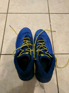 Curry 3 basketball shoes size 10.5