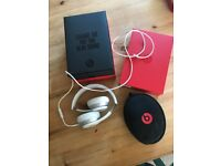 Beats Solo 2 by Dr Dre headphones in white