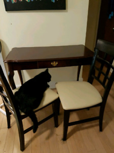 Desk/Table w 2 chairs for $45 OBO pick up only