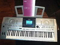 YAMAHA PSR-S900 61-Key -keyboard -USB