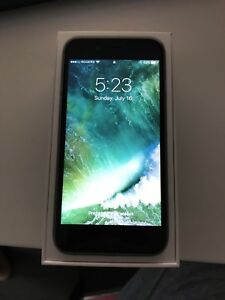 Silver iPhone 6 brand new accessories 16 gb