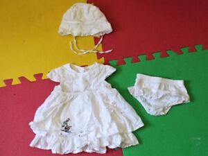 Robe blanche 3-6 mois