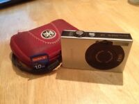 FOR SALE: Digital Canon IXUS 70 w/ Case & 1GB Memory Card incl.