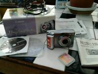 """CANON"" POWERSHOT A40 COMPACT DIGITAL CAMERA. CF cards ( 256mb & 8mb) + NO TEXTS PLEASE"