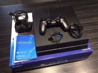 PlayStation 4 PS4 500GB in excellent condition - 1 Controller & Boxed