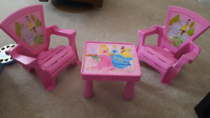 Toddlers Disney table