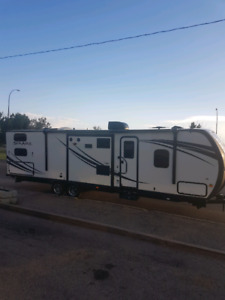 2015 solaire travel trailer
