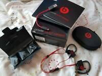 Beats by Dr Dre wireless earphones headphones Powerbeats2 complete in box, perfect, rarely used