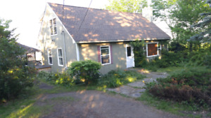 1407 Lower Coverdale - Brand New Roof & $3000 Cash Back