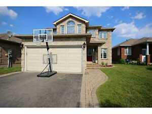 4 Bd Rms+Den HOME W/FIN BSMT CLOSE TO COLLEGE&HOSPITAL