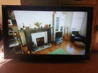 Panasonic viera lcd 37in free view TV