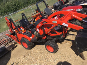 USED TRACTOR ESTATE SALE!!! LOW LOW HOURS