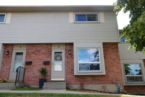 OPEN HOUSE  SATURDAY 2:00-4:00 PM   NEW LISTING SOUTH LONDON