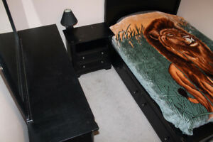 King Size Bedroom Suite w/ Bed, Dresser, Armoire, and Nightstand
