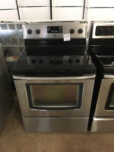 Mint 2 year old maytag stainless glass top stove