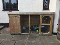 Dog Kennel & Run; 8ft x 4ft
