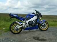 Yamaha R1 streetfighter 1999