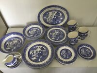 Willow Barratts of Staffordshire Dinner Service and Tea Set