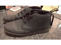 DR MARTENS IN NABUCK AS NEW ONLY 28£!!!!!! SIZE 10