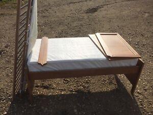 Crib /child bed