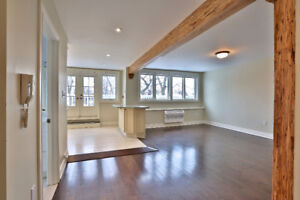 St Clair+Yonge Beautiful 4 Bedroom, 2 floor Penthouse Apartment