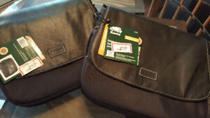 Brand new Roots computer laptop carrying case