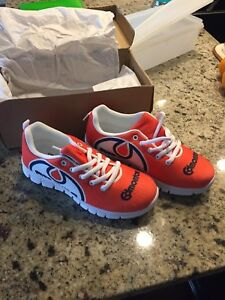 Ladies OILERS shoes