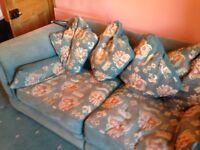 FREE FREE FREE Large two seater settee - Sofa - Period furniture
